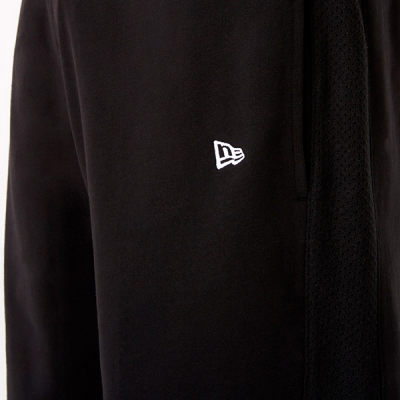 New Era NBA Team Logo Black Shorts | LA Lakers